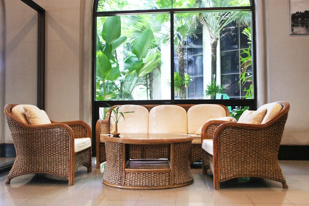 A living room of rattan furniture that is susceptible to mold